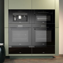Miele H6280BP Convection Oven, Obsidian Black